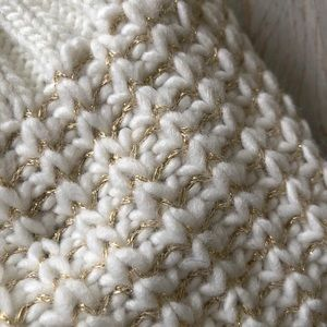 Cream & gold Merona knitted hat
